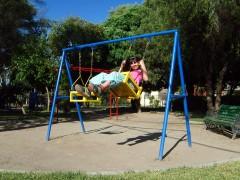 Los mejores columpios para niños, para jardines y más